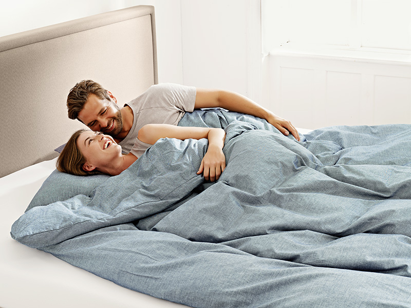mattress_couple2_model